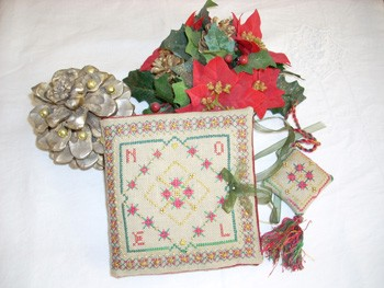 Christmas Sewing Set in Red
